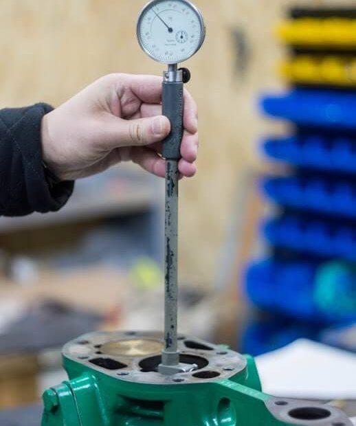 проверка овальности цилиндров компрессора Bitzer нутромером