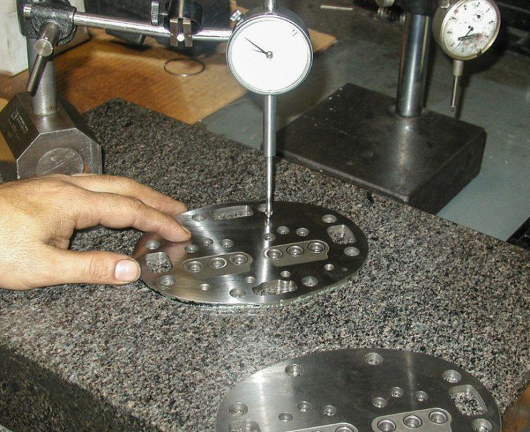 тестирования клапанной плиты холодильного компрессора