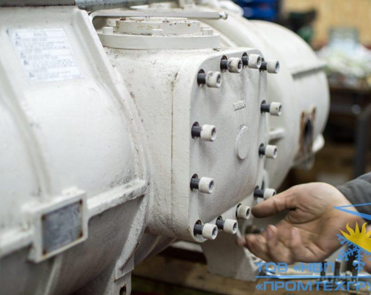 разборка винтового компрессора Daikin ZHC5WLG5YE